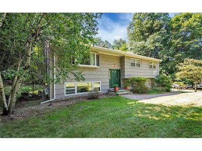 Single Family Home For Sale: 3 Apple Blossom Court