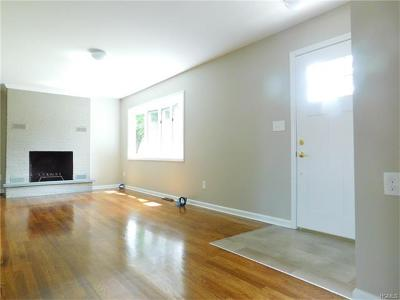 Middletown Single Family Home For Sale: 4 Johns Road
