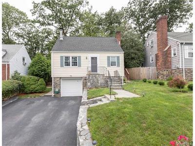 White Plains Single Family Home For Sale: 45 General Heath Avenue