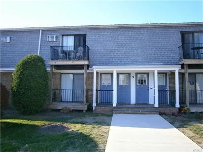 Middletown Condo/Townhouse For Sale: 5 Fortune Road #J