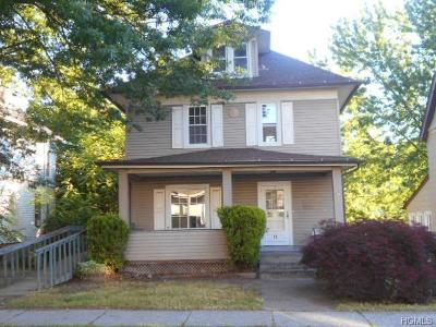 Middletown Single Family Home For Sale: 11 Harrison Street