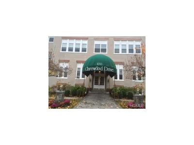 Westchester County Condo/Townhouse For Sale: 100 Clarewood Drive #4E