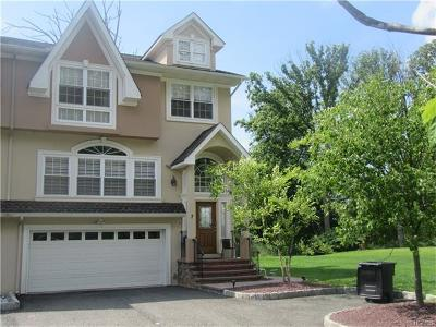 Rockland County Single Family Home For Sale: 7 Asher Drive