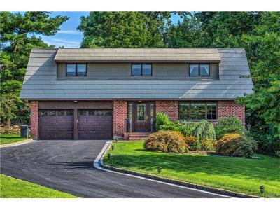 Westchester County Single Family Home For Sale: 72 Gail Drive