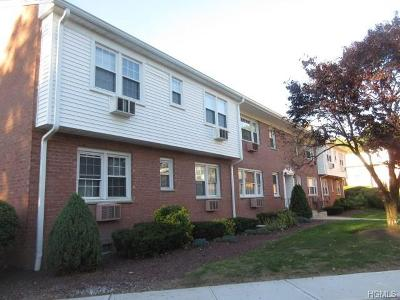 Piermont Condo/Townhouse For Sale: 55 Roundtree Circle