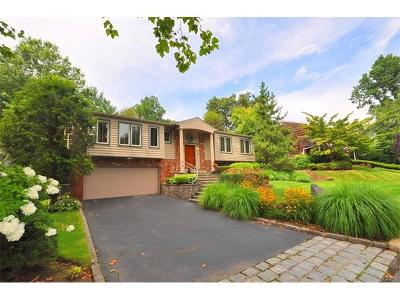 New Rochelle Single Family Home For Sale: 72 Harlan Drive