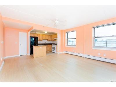 Bronx Condo/Townhouse For Sale: 3044 3rd Avenue #7E