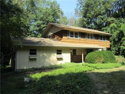 Westchester County Single Family Home For Sale: 1738 Baldwin Road