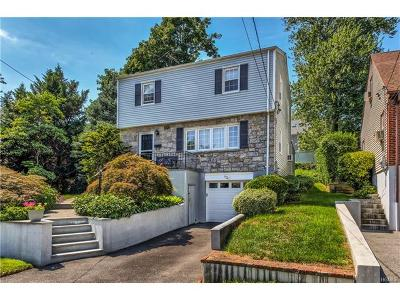 Westchester County Single Family Home For Sale: 52 Lawrence Place
