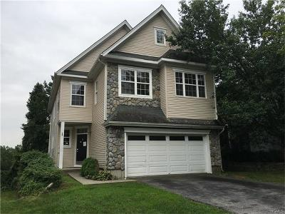 Westchester County Single Family Home For Sale: 9 Mackellar Court