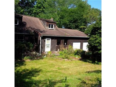 Westchester County Single Family Home For Sale: 3309 Barkley Lane