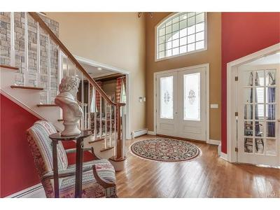 Rockland County Single Family Home For Sale: 93 Overlook Road