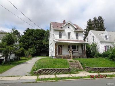 Middletown Single Family Home For Sale: 51 Sproat Street