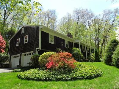 Westchester County Single Family Home For Sale: 93 Cedar Road