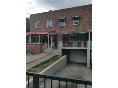 Bronx Single Family Home For Sale: 3203 Throop Avenue