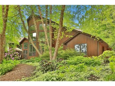 Single Family Home For Sale: 7 Sky Drive