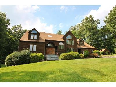 Mahopac Single Family Home For Sale: 18 Stephanie Lane