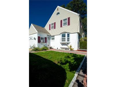 Yonkers Single Family Home For Sale: 29 Holly Street