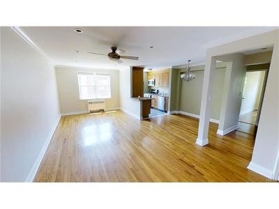 Yonkers Condo/Townhouse For Sale: 150 Ravine Avenue #2C