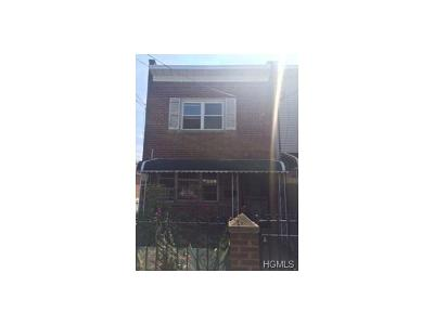 Single Family Home For Sale: 1050 East 218th Street
