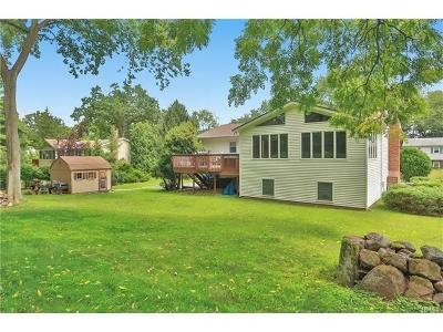 Single Family Home For Sale: 12 Maiden Lane