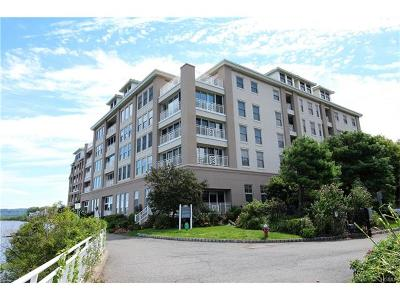 Piermont Condo/Townhouse For Sale: 106 Harbor Cove