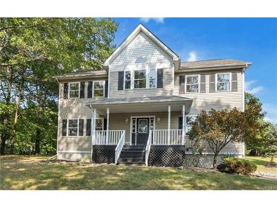 Monroe Single Family Home For Sale: 524 Orchard Hill Road