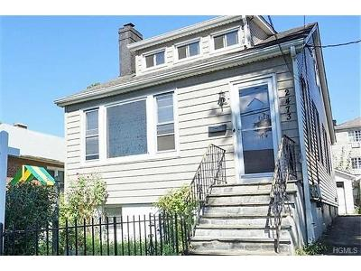 Bronx Single Family Home For Sale: 2473 Rohr Place