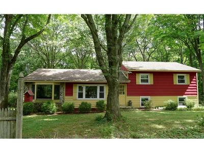 Warwick Single Family Home For Sale: 11 Cozy Lane