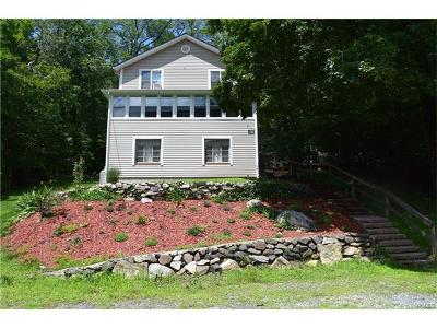Lake Peekskill Single Family Home For Sale: 29 Northway