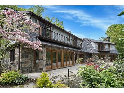 Scarsdale Single Family Home For Sale: 44 Beech Hill Road
