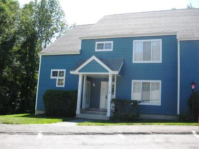 Brewster Condo/Townhouse For Sale: 101 Bentley Court