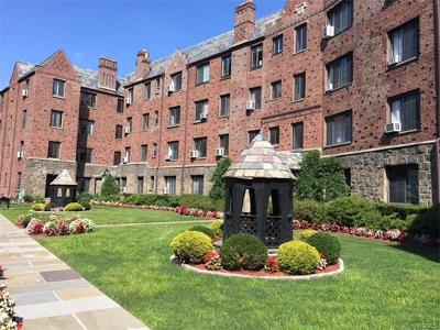 Pelham Condo/Townhouse For Sale: 914 Wynnewood Road #2S