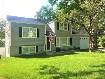 Yonkers Single Family Home For Sale: 8 Boxwood Road