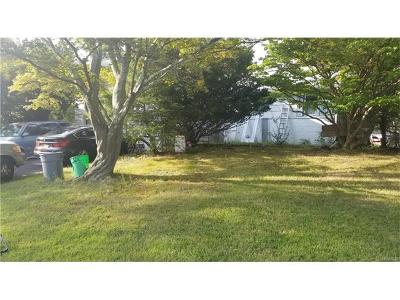 Single Family Home For Sale: 6 Ward