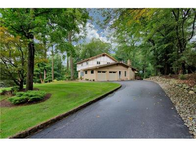 Rockland County Single Family Home For Sale: 34 Dawn Lane