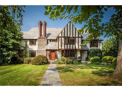 Pelham Single Family Home For Sale: 55 Rockledge Drive