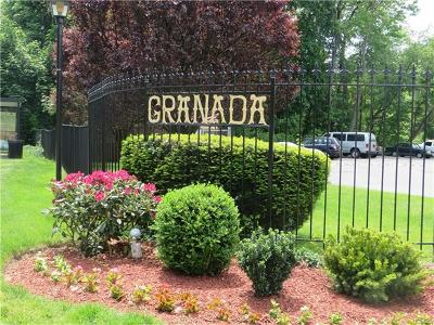 White Plains Condo/Townhouse For Sale: 4 Granada Crescent #4