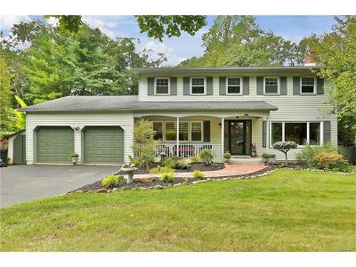 Valley Cottage Single Family Home For Sale: 81 Branchville Road