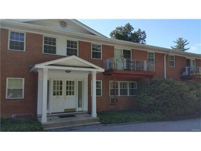 Bedford Hills Condo/Townhouse For Sale: 105 Nottingham Road #H
