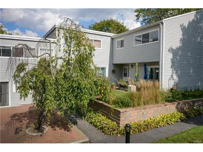 Bedford Hills Condo/Townhouse For Sale: 208 Harris Road #BA4