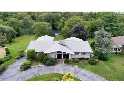 Eastchester Single Family Home For Sale: 18 Lakeshore Drive