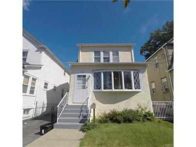 Yonkers Single Family Home For Sale: 36 Crestmont Avenue