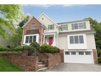 Scarsdale Single Family Home For Sale: 8 Spruce Lane