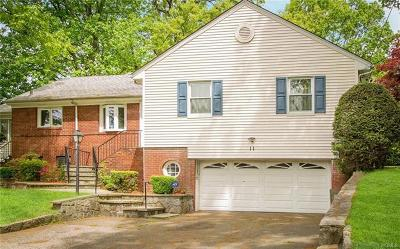 Bronxville Single Family Home For Sale: 11 Boulder Trail