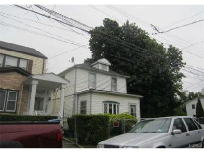Yonkers Single Family Home For Sale: 57 Moultrie Avenue