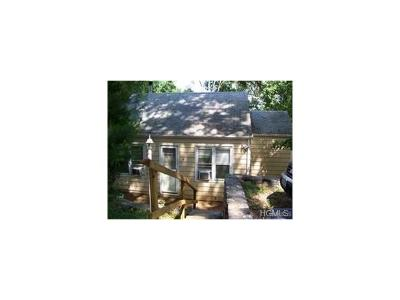 Putnam County Single Family Home For Sale: 4 Melnick Place