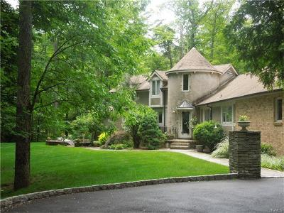 Tuxedo Park Single Family Home For Sale: 37 East Lake Stable Road