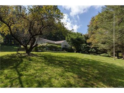Goldens Bridge Single Family Home For Sale: 32 Waccabuc Road