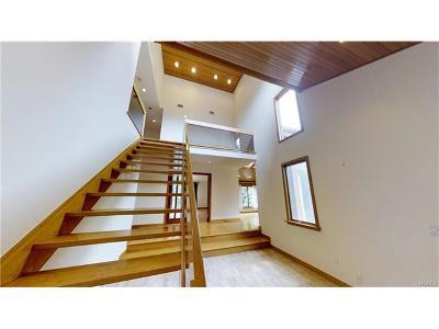 White Plains Single Family Home For Sale: 5 Aka 7 Audrey Lane